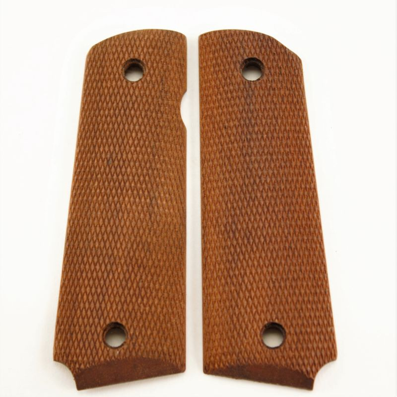 1911 Grip Walnut Checkered Oil Finish